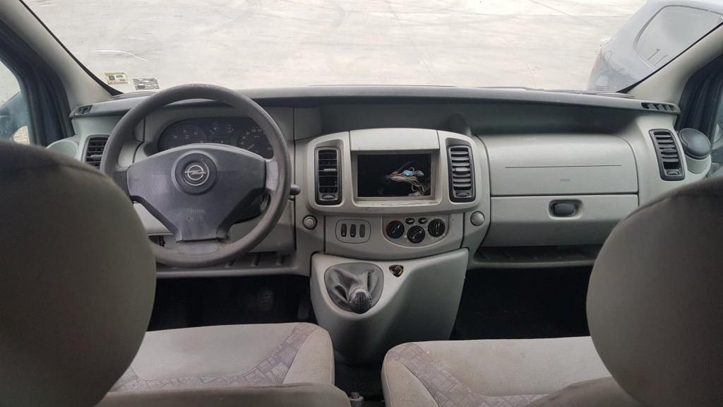 Dezmembrez Nissan Primastar mixt lung 1.9 cdti f9q 101 cai 6 trepte