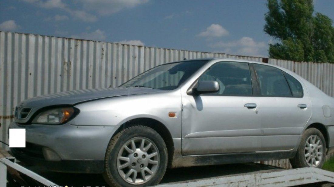 Dezmembrez Nissan Primera