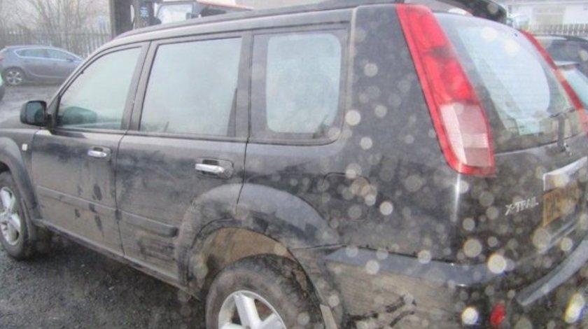 Dezmembrez Nissan Xtrail 2.0,T30,benzina,negru,motor QR20DE,140 CP