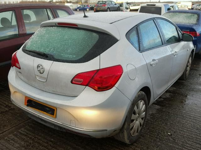 Dezmembrez Opel Astra 2012, 1.4benzina