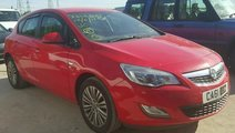 Dezmembrez Opel Astra 2012 1.7cdti