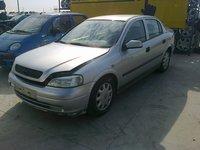 Dezmembrez Opel Astra, an 2001