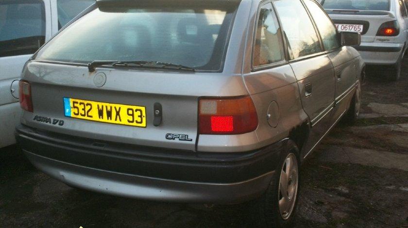 Dezmembrez Opel Astra F 1 7 diesel an 1996