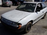 Dezmembrez Opel Astra F, an 1993