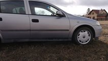 Dezmembrez Opel Astra G 2001, motor 1.6 16V Z16XE