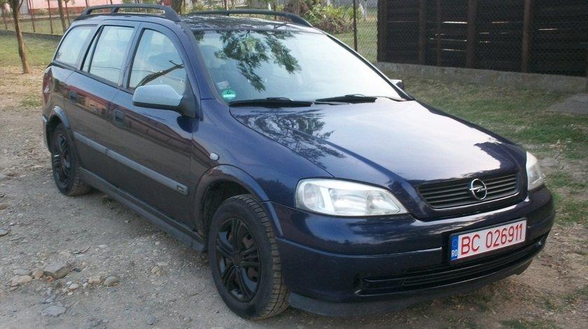 Dezmembrez Opel Astra G motor 1.6 16 valve benzina an 2000 in stare foarte buna