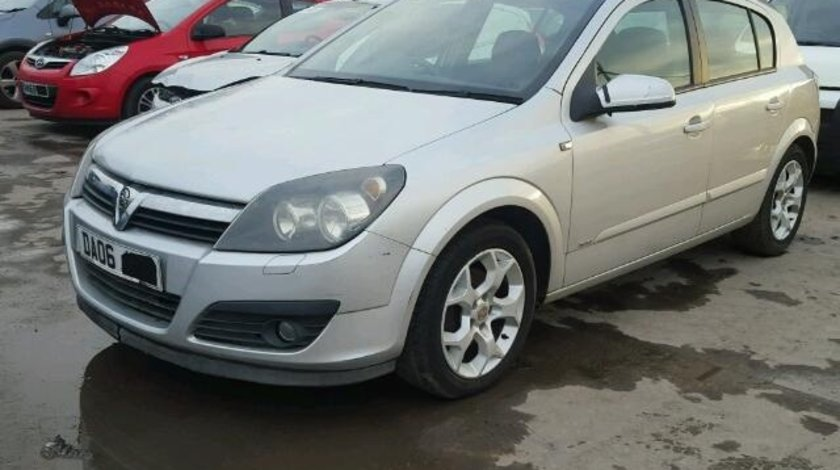 Dezmembrez Opel Astra H, 1.6benzina 2006