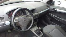 Dezmembrez  Opel Astra H 1.7 diesel din 2005