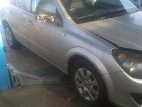 Dezmembrez Opel Astra H 2006 motor 17cdti 101cp DTH break