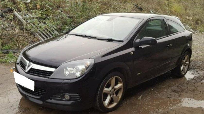 Dezmembrez Opel Astra H GTC an fabr. 2007, 1.9 CDTI