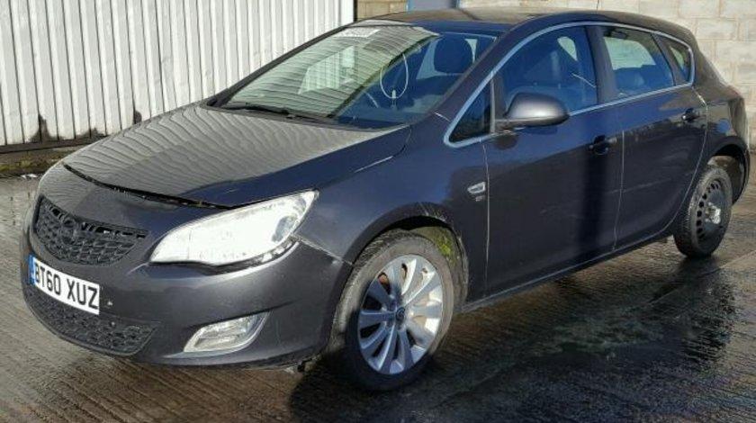 Dezmembrez Opel Astra J, 1.6b 2011