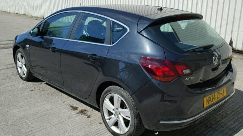 Dezmembrez Opel Astra J 1.7cdti