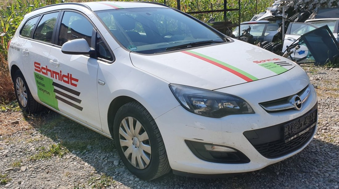 Dezmembrez OPEL Astra J Facelift 1.7 CDTI 2012 2013 2014 2015