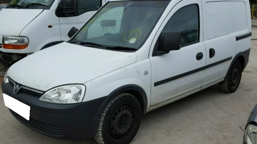 Dezmembrez Opel Combo C an fabr. 2005, 1.3 CDTI