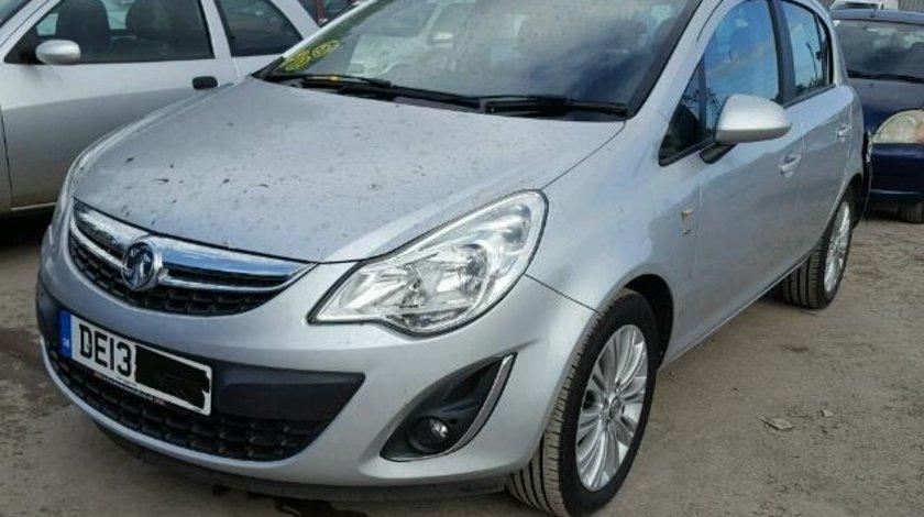 Dezmembrez Opel Corsa 2013 1.4benz