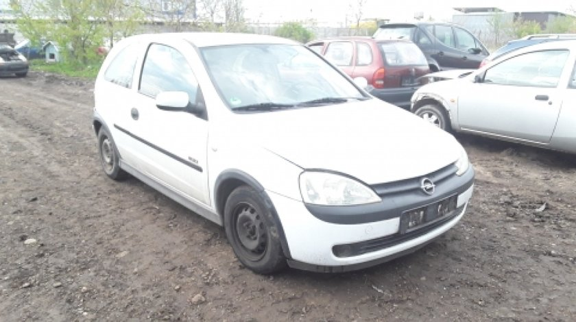 Dezmembrez Opel Corsa C, an 2001, motorizare 1.2 Twinport