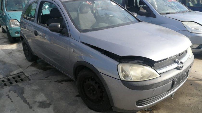 dezmembrez Opel Corsa C an 2002 1.7dti tip motor Y17DT