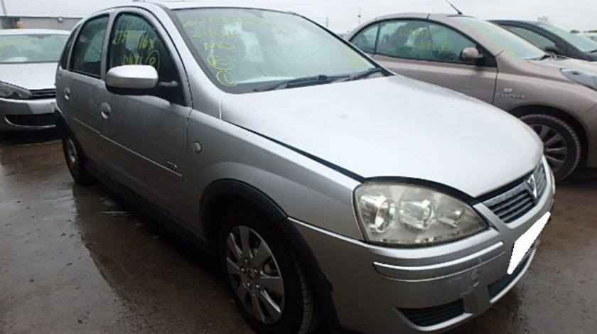 Dezmembrez Opel Corsa C an fabr. 2004, 1.2i