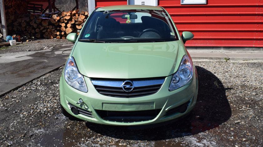 Dezmembrez Opel Corsa D 1.2B Z12XEP 2009 verde Z30M 568