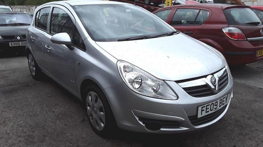 Dezmembrez Opel Corsa D 2009 Hatchback 1.4 i