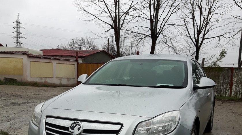 Dezmembrez Opel Insignia 2.0 CDTI 2011 euro5