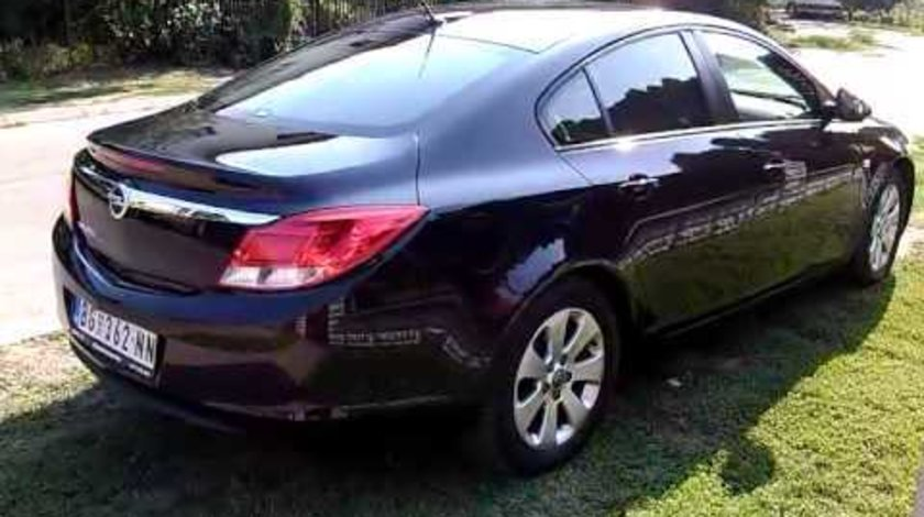 Dezmembrez Opel Insignia 2.0 cdti an 2010