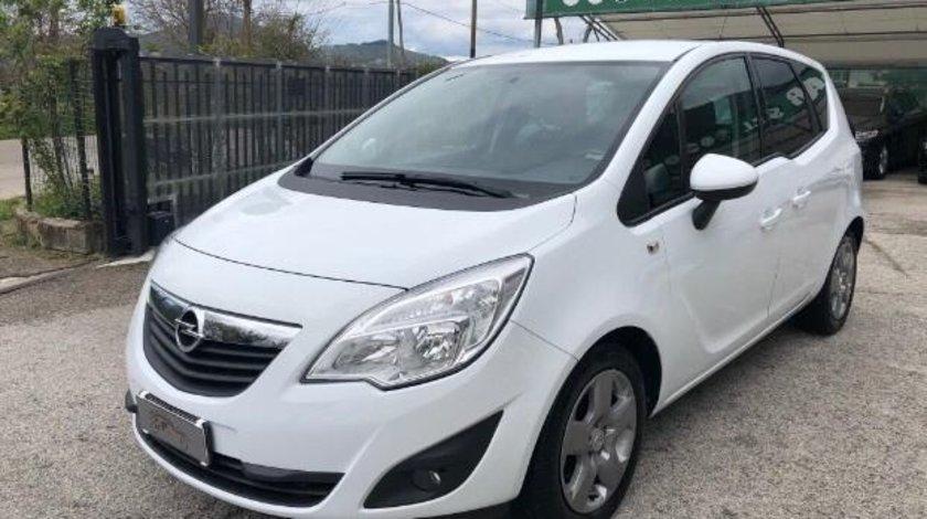 Dezmembrez Opel Meriva 1.7 cdti euro 5 2012 volan pe stânga