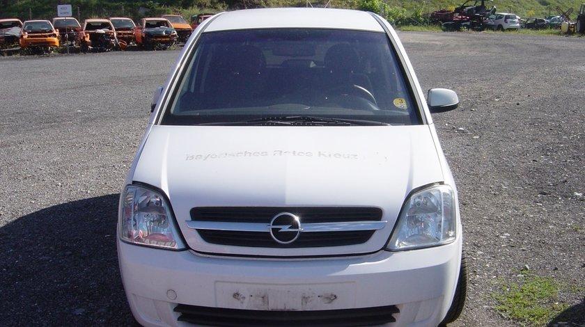 Dezmembrez Opel Meriva 1.7 DTI din 2004