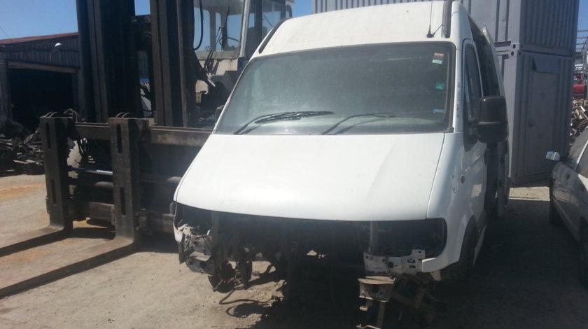 Dezmembrez Opel Movano-A 2001, 2.2 DTI 3500