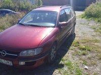 Dezmembrez Opel Omega break 2.0 ecotec an 1997