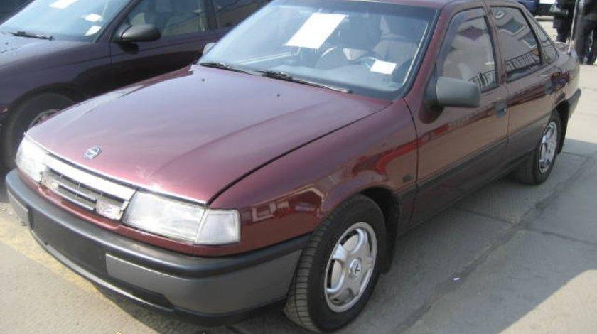 Dezmembrez Opel Vectra A