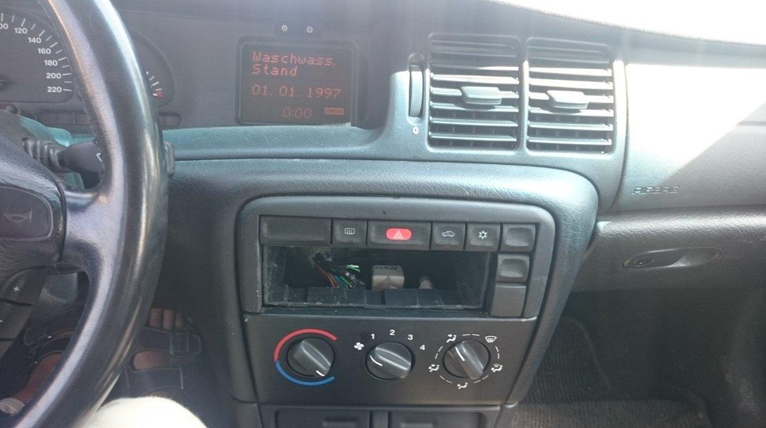 Dezmembrez Opel Vectra B 1.8 Benzina,an 1999