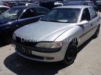 Dezmembrez Opel Vectra B, an 1996