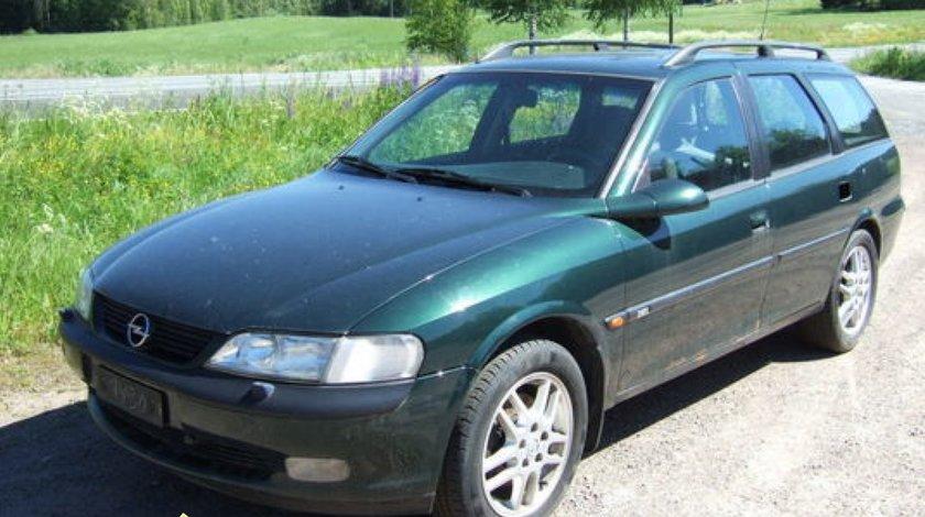 Dezmembrez Opel Vectra B combi motor 2000 turbo diesel an 1998