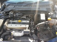 Dezmembrez Opel Vectra B (vauxhall) 1,8 benzina hatchback din 1998