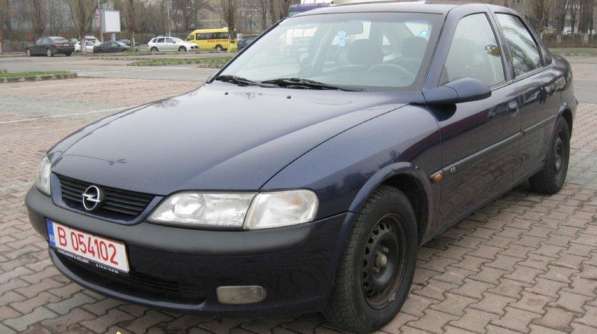 Dezmembrez Opel Vectra B1 si B2 2 0 si 2 2 DTH