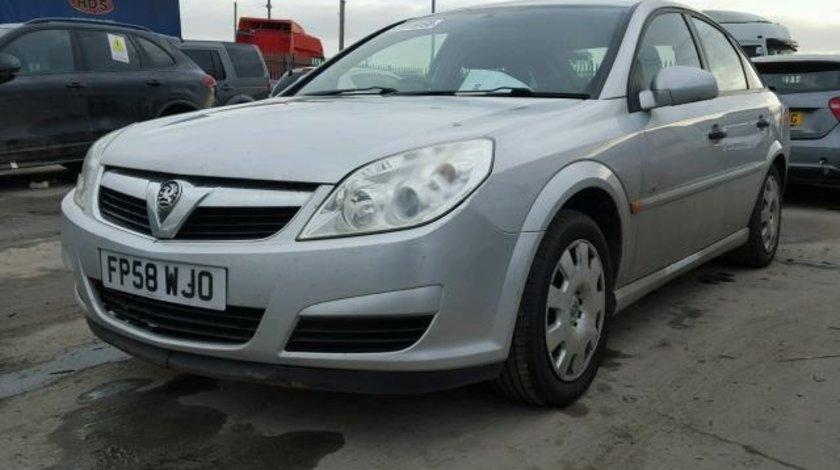 Dezmembrez Opel Vectra C 1.9cdti 2006