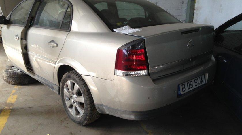 Dezmembrez Opel Vectra C 2005 1 9 Diesel 88Kw