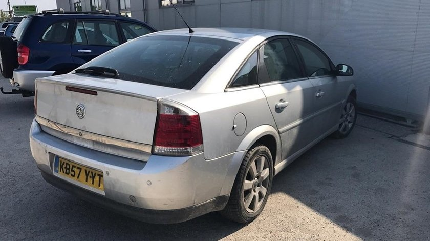 Dezmembrez Opel Vectra C 2008 HATCHBACK 5 USI 1.9 CDTI 120CP