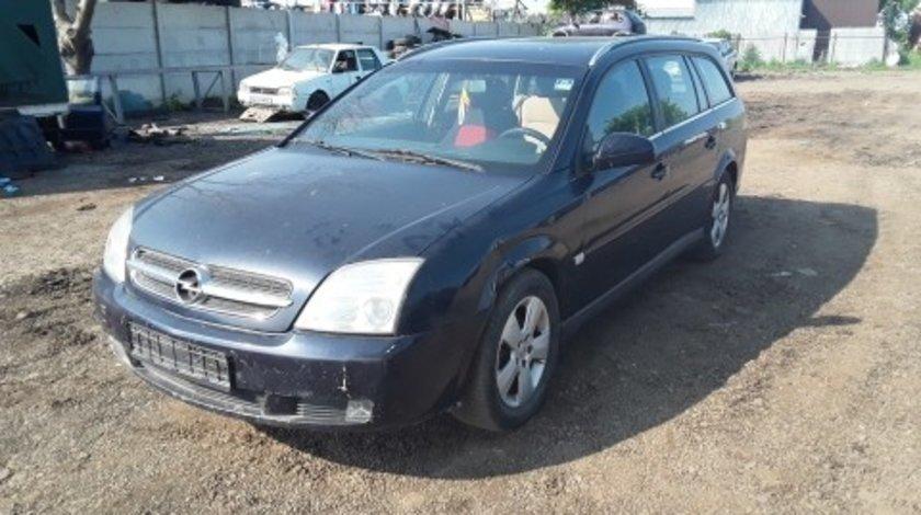 Dezmembrez Opel Vectra C, an 2004
