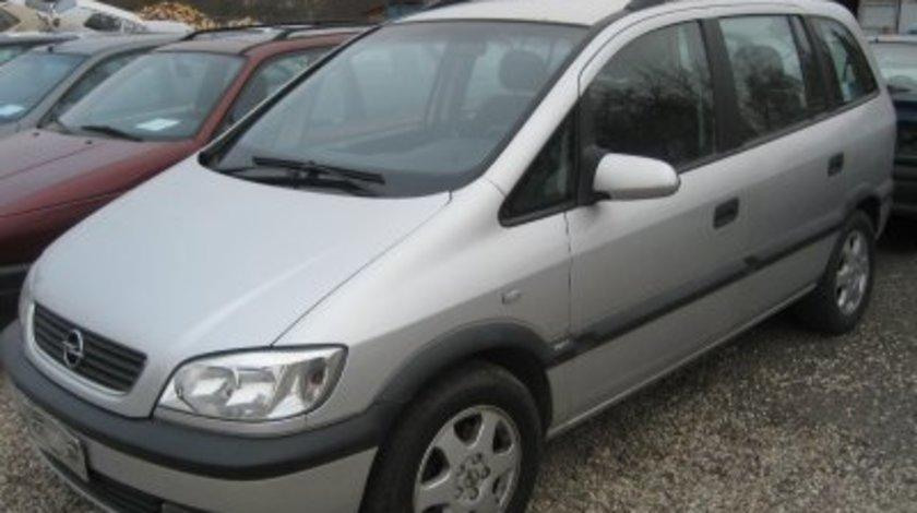 Dezmembrez Opel Zafira motor 2.2 DTI an 2002 - 2005.