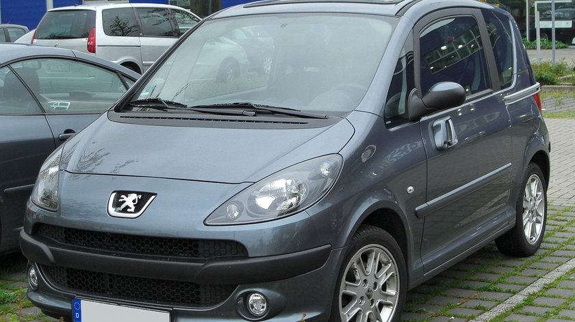 Dezmembrez Peugeot 1007, 2006