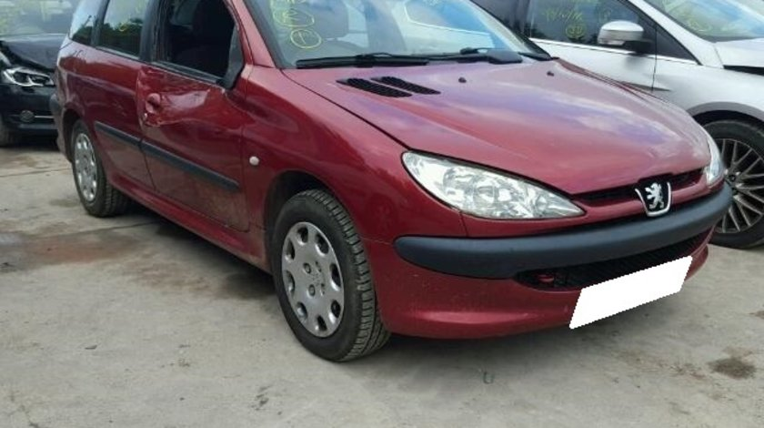 Dezmembrez Peugeot 206 an fabr. 2004, 2.0D HDi