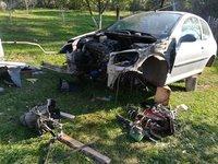 Dezmembrez Peugeot 206
