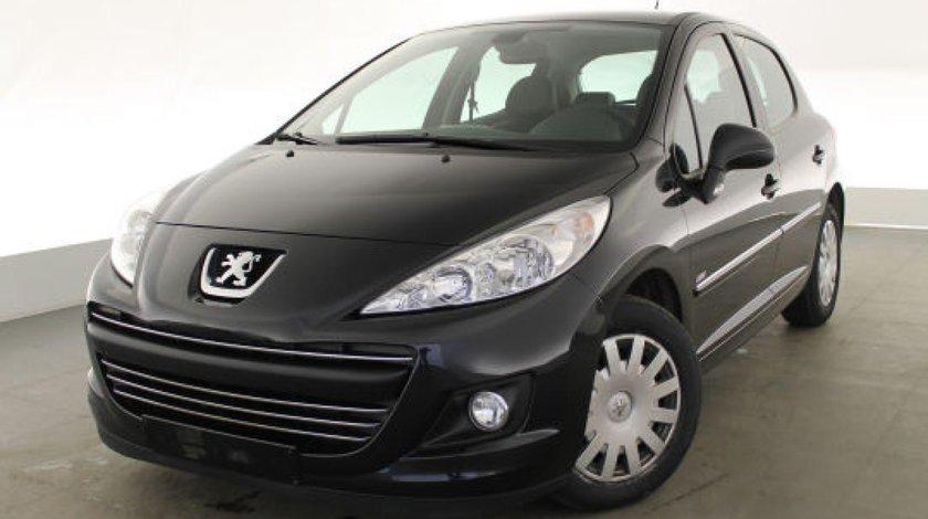 Dezmembrez Peugeot 207 1,4 hdi 2008