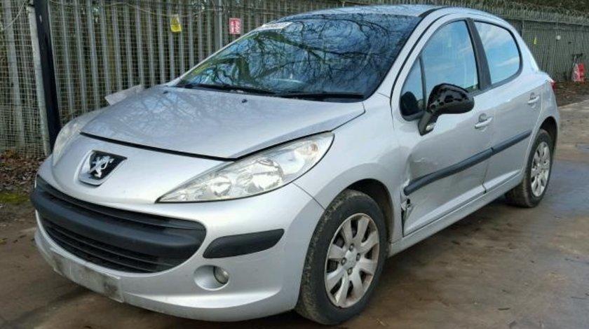 Dezmembrez Peugeot 207, 1.4benzina 2008