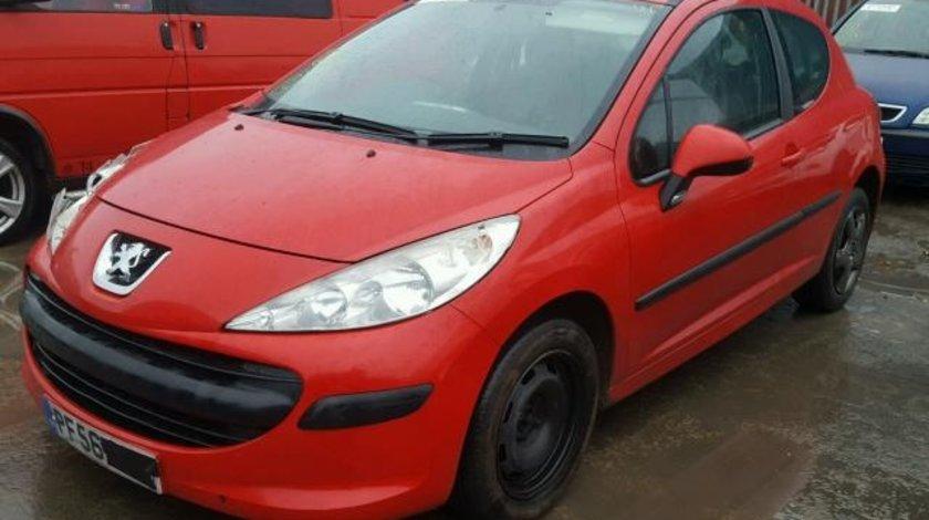 Dezmembrez Peugeot 207 2007 1.4benz