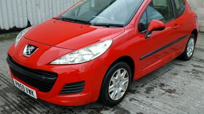 Dezmembrez Peugeot 207 2009 1.4b