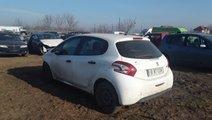 Dezmembrez Peugeot 208, an 2014, motorizare 1.4 HD...