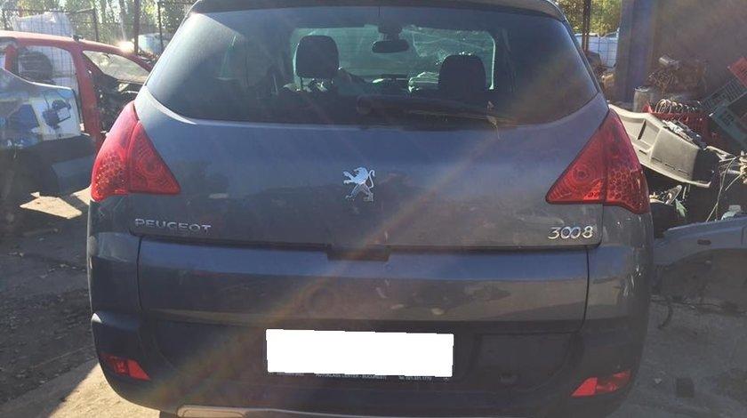 Dezmembrez Peugeot 3008 diesel cu garantie